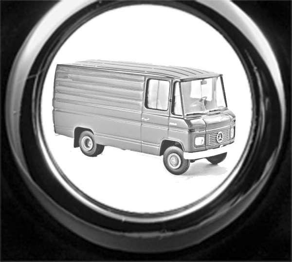 Mercedes L406 Schlüsselanhänger