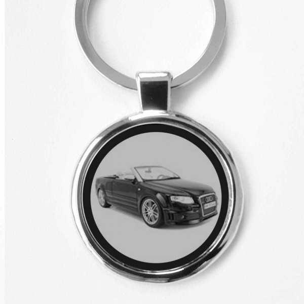 Audi RS4 Schlüsselanhänger personalisiert