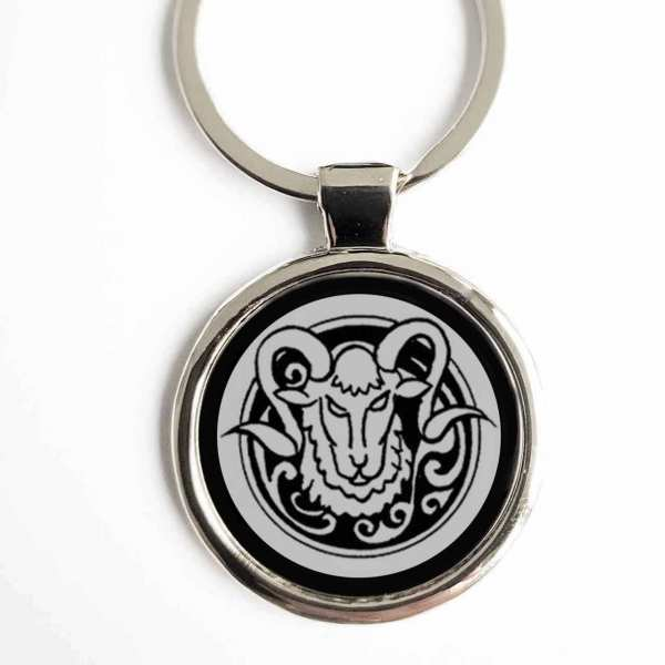 Totemtier Widder Schlüsselanhänger personalisiert mit Gravur
