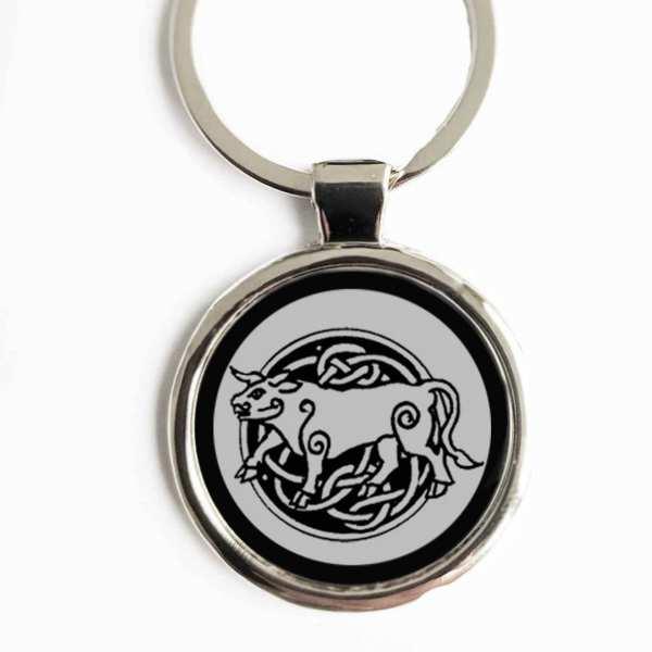 Totemtier Stier Schlüsselanhänger personalisiert mit Gravur