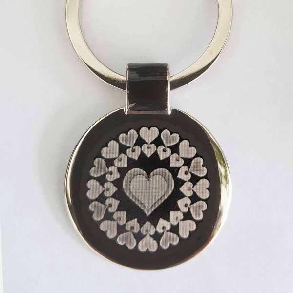 Herz aus Herzen Gravur Schlüsselanhänger personalisiert
