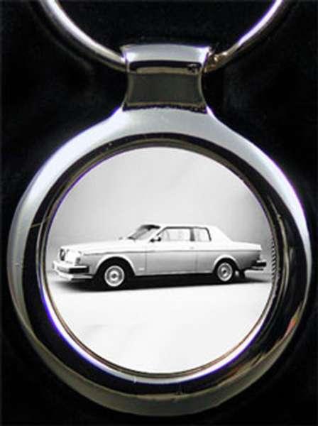 Volvo 262 Schlüsselanhänger personalisiert