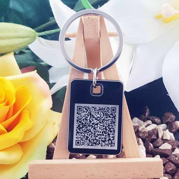 QR code Gravur Schlüsselanhänger personalisiert - original Fotogravur