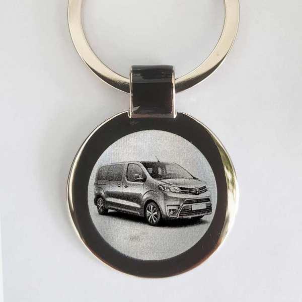 Toyota Proace Verso Gravur Schlüsselanhänger - original Fotogravur