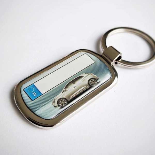 Renault Megane Schlüsselanhänger personalisiert & Kennzeichen & Gravur auf der Rückseite