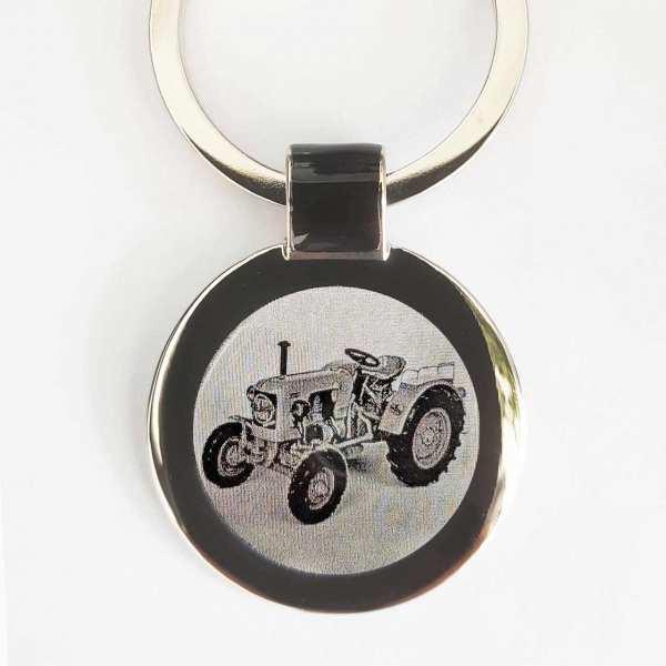 Eicher Trecker Schlüsselanhänger personalisiert - original Fotogravur